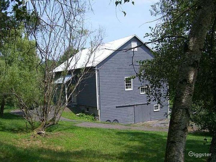 Traditional stone farmhouse: Location 4259 Photo 2
