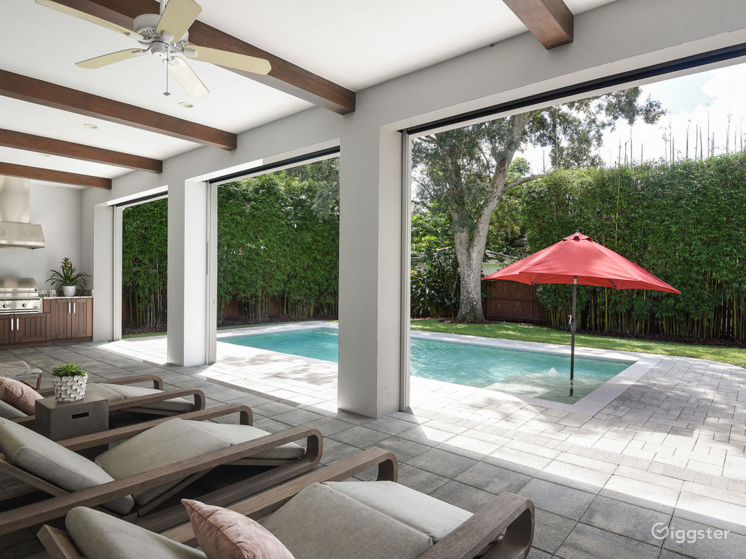 Stunning Modern Coastal Pool Home, Open Floor Plan Photo 3