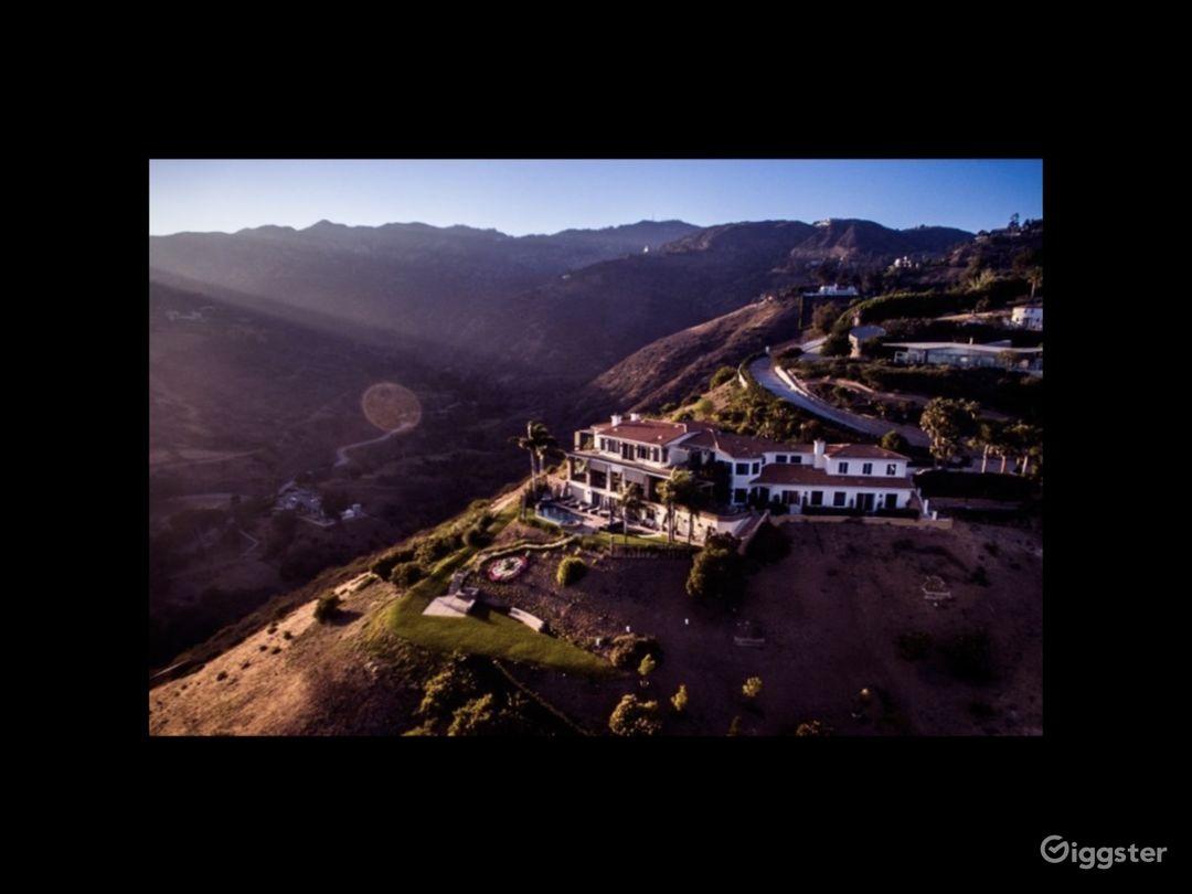 Exclusive Malibu Villa w/ Ocean Views & Amenities Photo 1