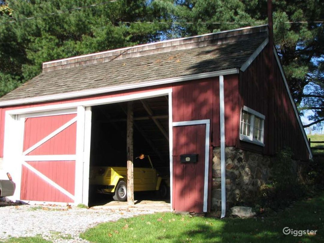 Working farm with outbuildings: Location 620 Photo 1