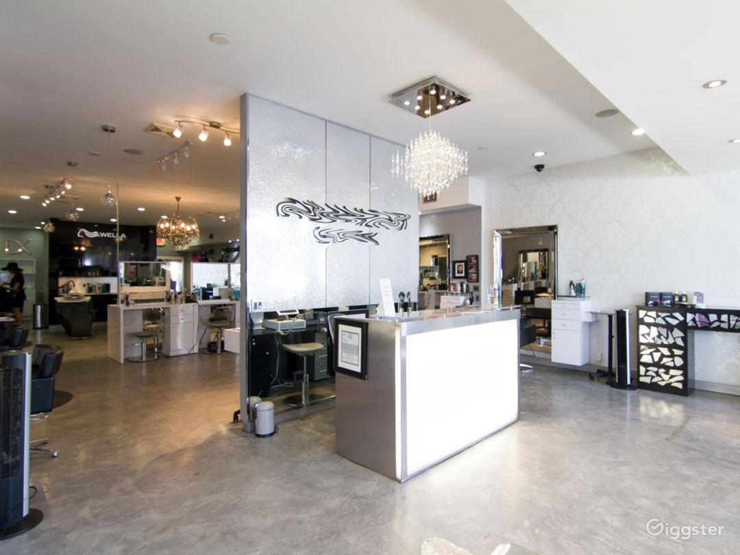 Posh Salon in Burbank Photo 3