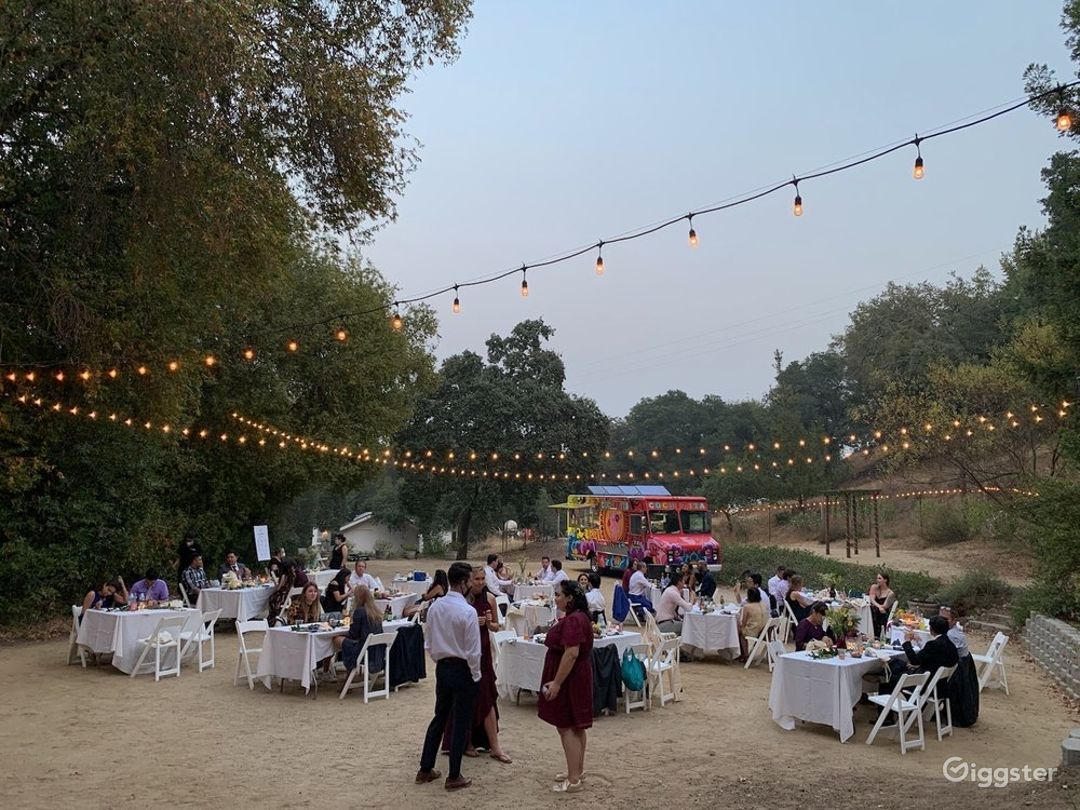 Spacious Outdoor Patio and Venue for Events Photo 1