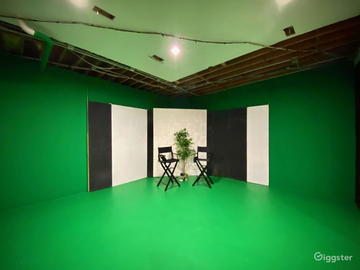 Studio City Production Space with Green Screen Photo 2