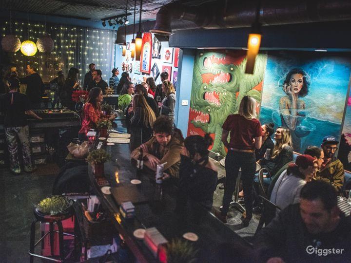 Quirky Neighborhood Bar in Historic Orlando Photo 3
