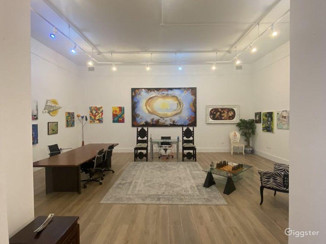 Spacious Art Gallery in Miami, Florida Photo 1