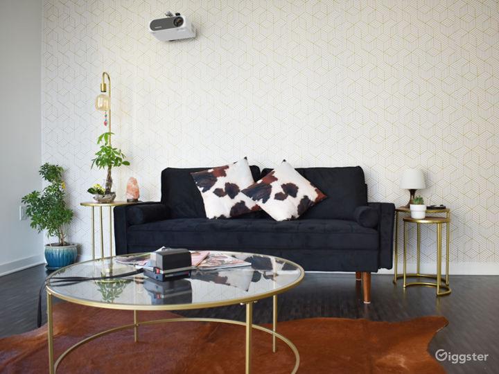 Sunny Downtown Photo Loft Apartment Photo 2