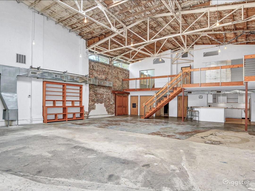 Loft studio with natural light Photo 1