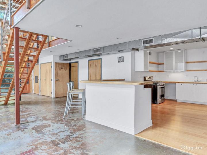 Loft studio with natural light Photo 5