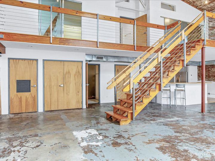 Loft studio with natural light Photo 3