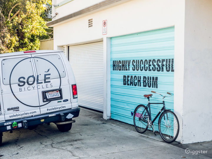 Local Venice Bicycle Shop Photo 2