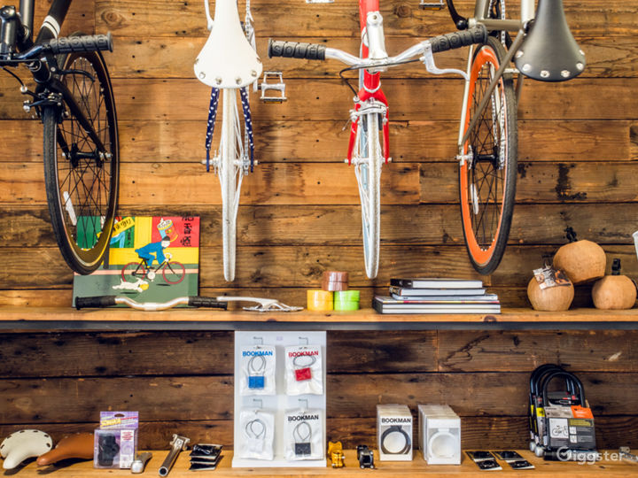 Local Venice Bicycle Shop Photo 4