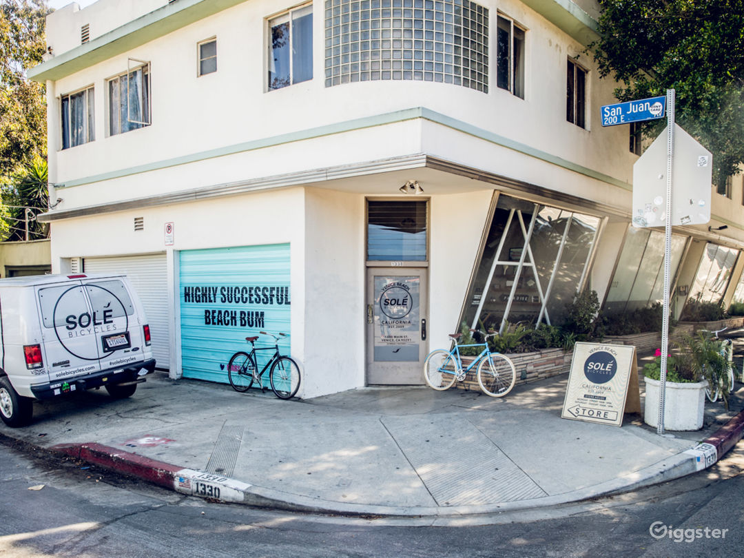 Local Venice Bicycle Shop Photo 1