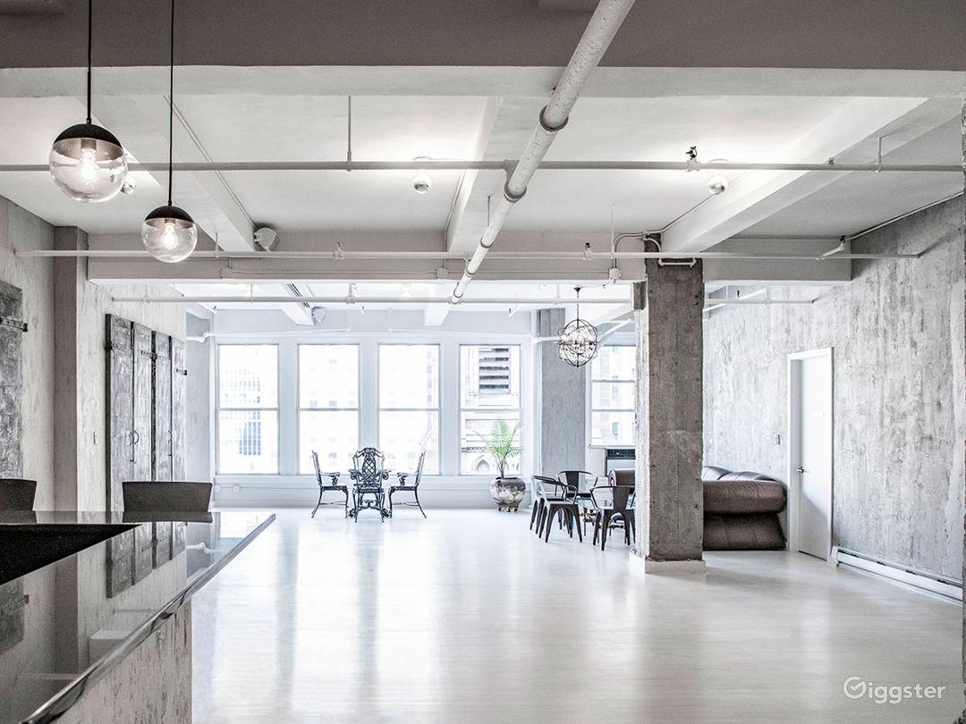 Modern Industrial Loft Space in Manhattan Photo 1