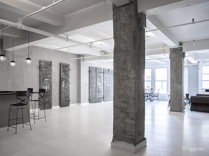 Modern Industrial Loft Space in Manhattan Photo 2