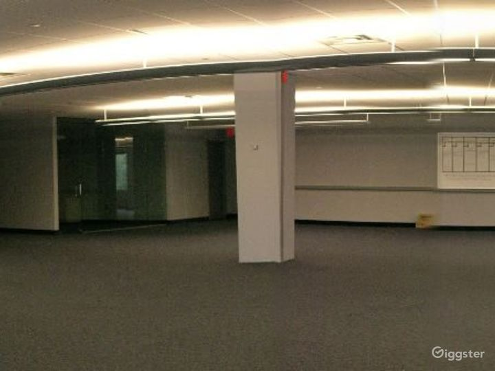 Office suites and conference room: Location 4100 Photo 3