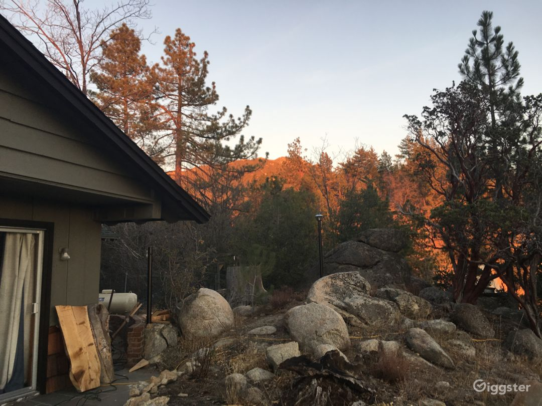 Large House Mountain Property with View Photo 5