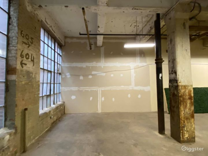 Chic Urban Photography  Studio Space in Baltimore Photo 5