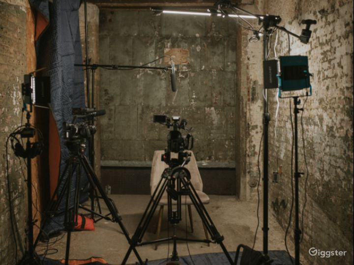 Chic Urban Photography  Studio Space in Baltimore Photo 3