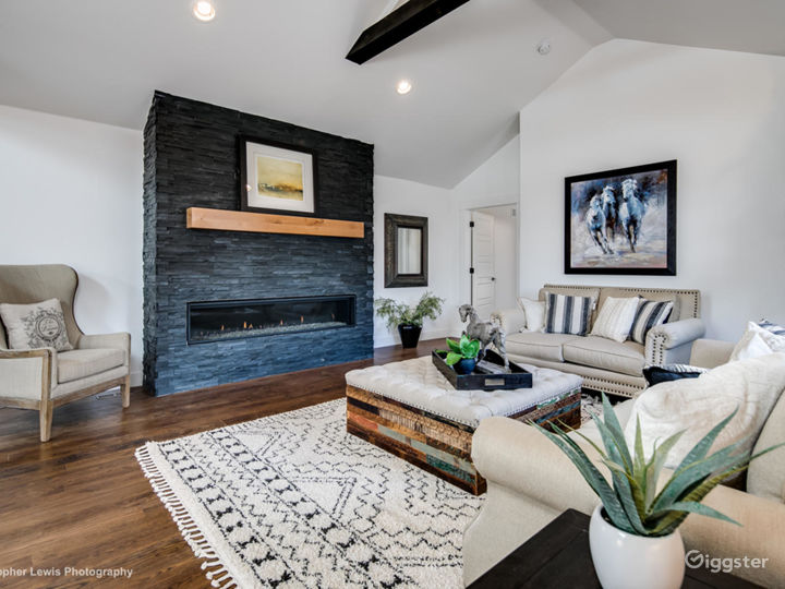 Old meets new modern Farmhouse ranch.One of a kind Photo 2