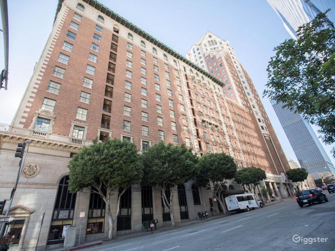 1920's Era Hotel Photo 4