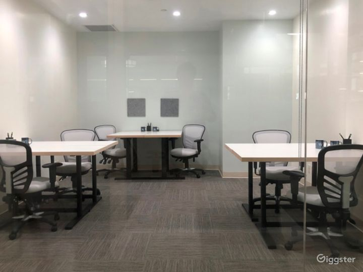 Five-Star Private Office in Los Angeles Photo 5