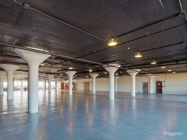 8500 industrial loft style venue. Great location! Photo 2