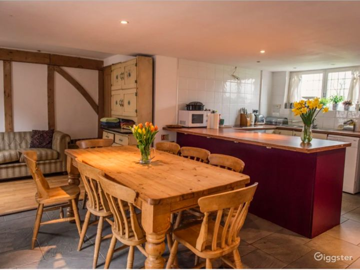Spacious and Luxury Suite in East Grinstead Photo 4