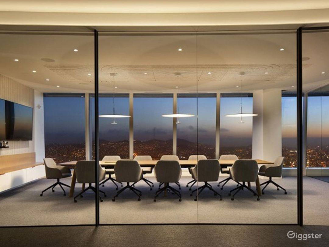 Large Conference Room in Beverly Hills Photo 1