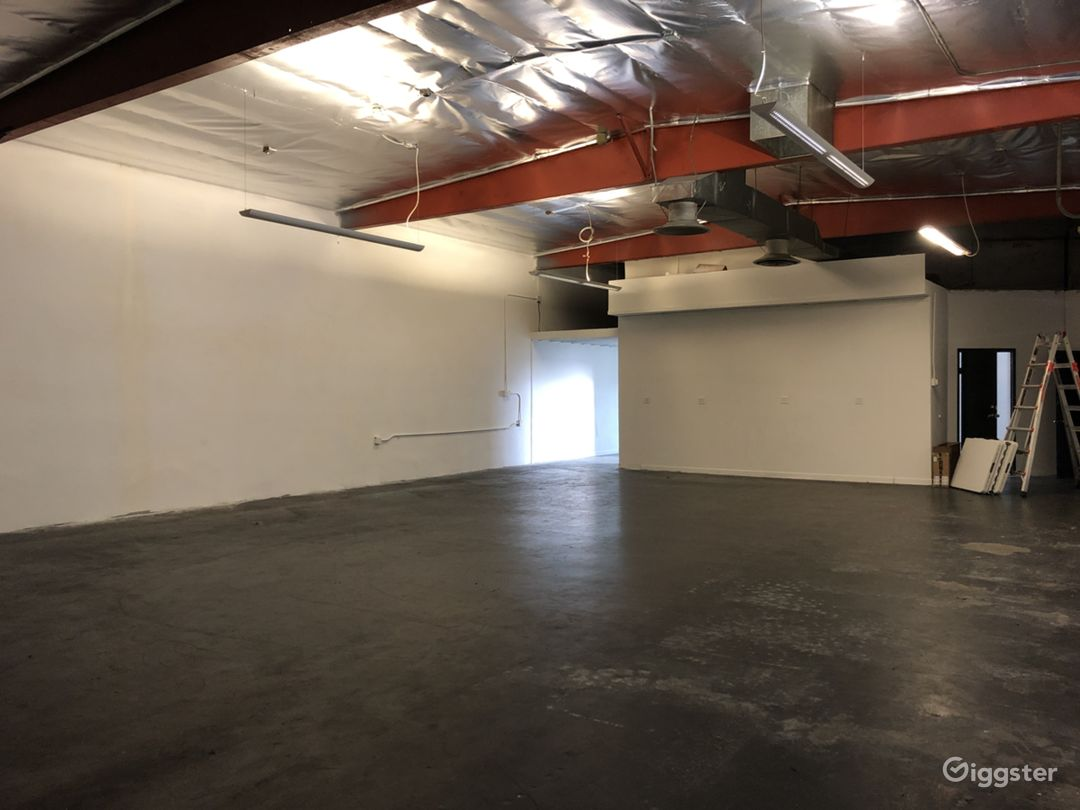 Raw Open Warehouse in North Hollywood Photo 2