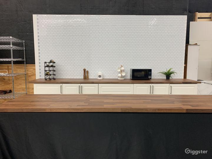Studio 12ft. Kitchen Tile Wall Set Photo 2