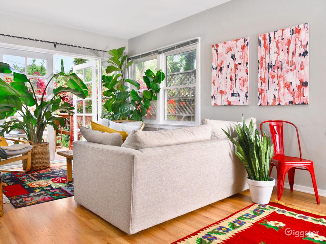 Venice Beach Fashion Shoot House with Tropical Plants Photo 4