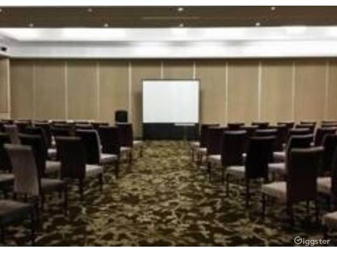 Adjoining Conference Room and Banquet Ballroom  Photo 1