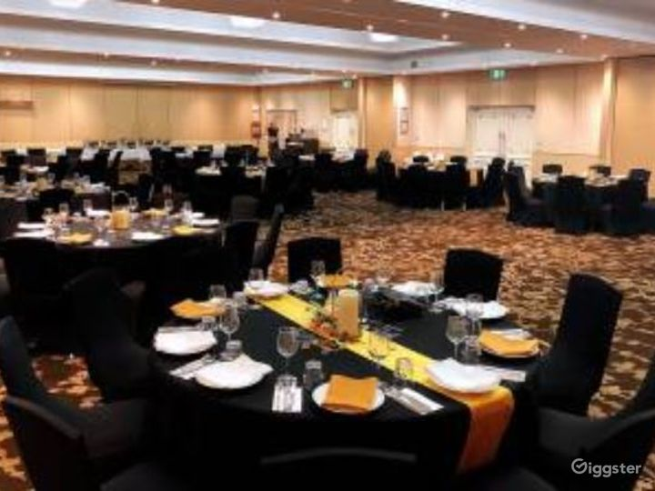 Adjoining Conference Room and Banquet Ballroom  Photo 4