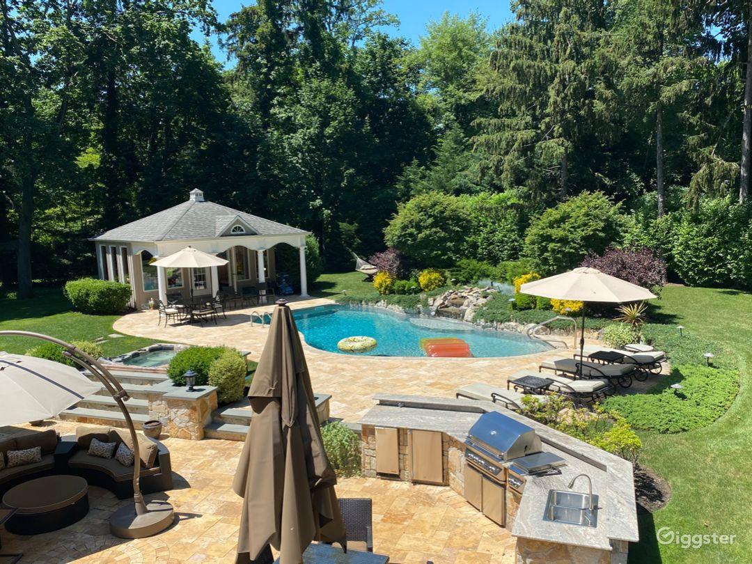 Palatial Resort-like Backyard  Photo 1