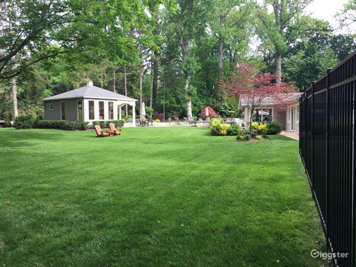 Palatial Resort-like Backyard  Photo 5