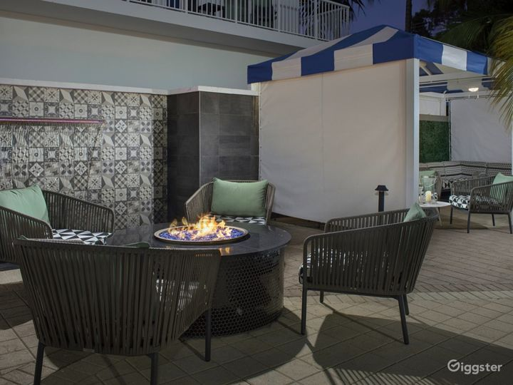 Refreshing Poolside Space and Bar in Brickell