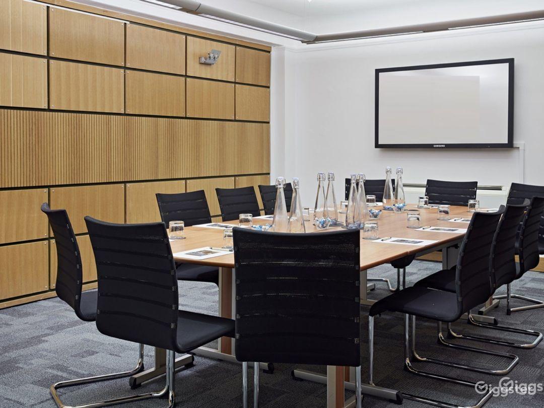 Coggan Room in London Photo 1