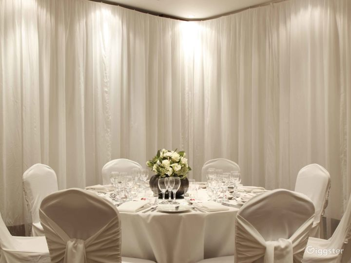Spacious Meeting and Event Space with Reception Area in London Photo 4
