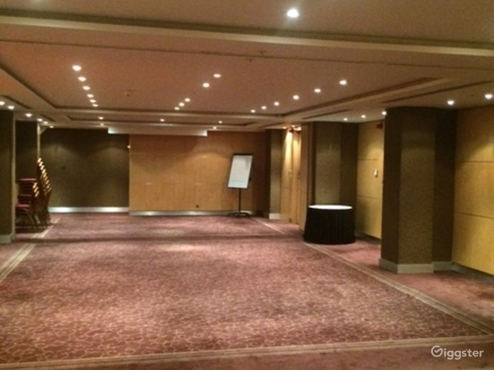 Spacious Meeting and Event Space with Reception Area in London Photo 3