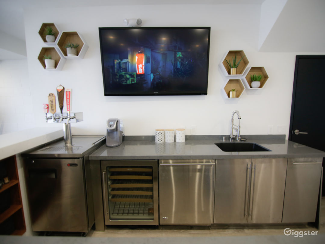 Kitchen in Lounge