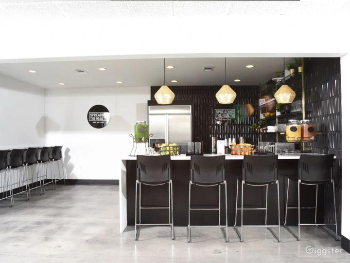 Modern Lounge with Café Area Photo 3
