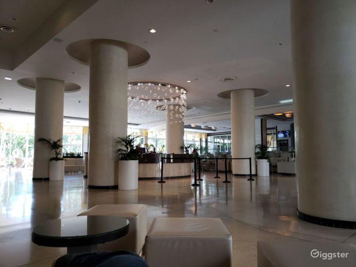 Elegant Meeting Space in Miami Beach Photo 5