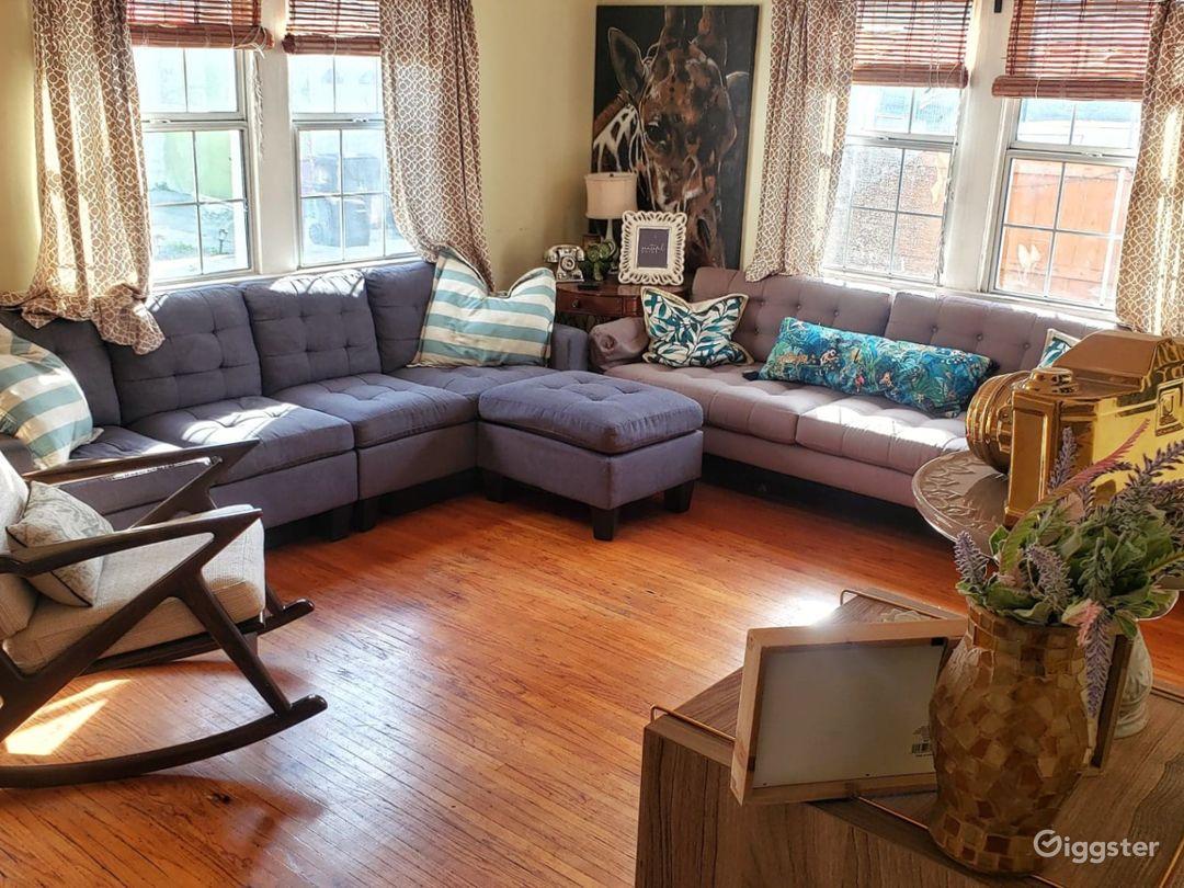 Living Room / Lounge Area