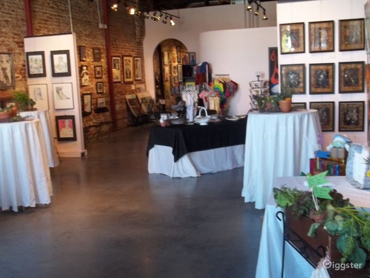 A Comforting Gallery in Chattanooga Photo 2