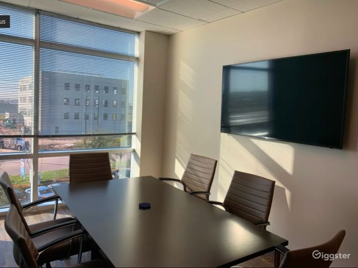 Professional Meeting Room in Northwest Houston Photo 4