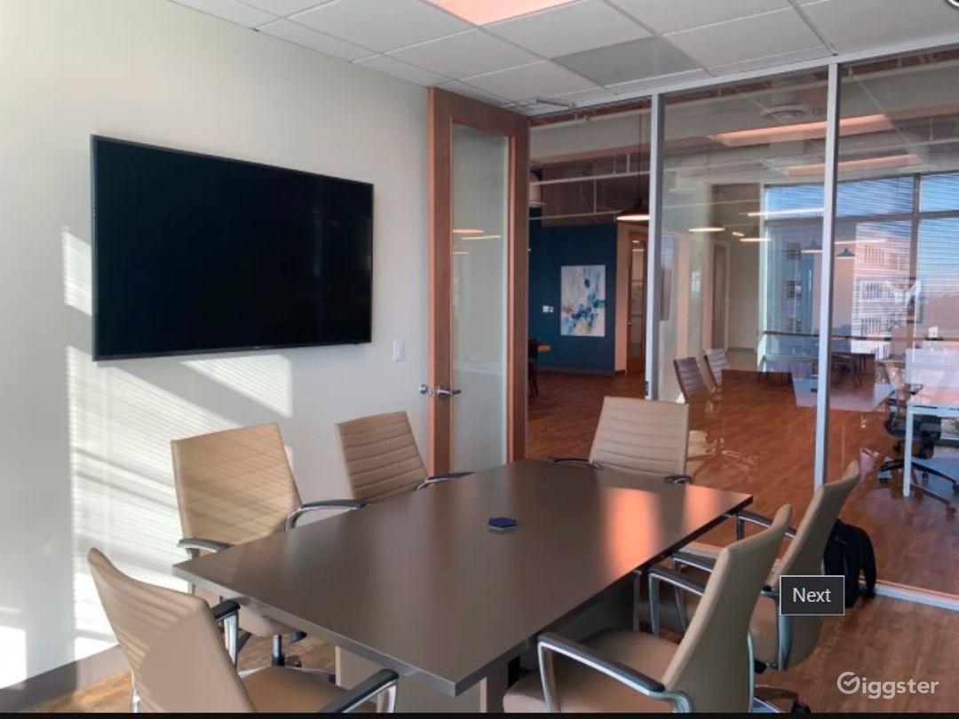 Professional Meeting Room in Northwest Houston Photo 1
