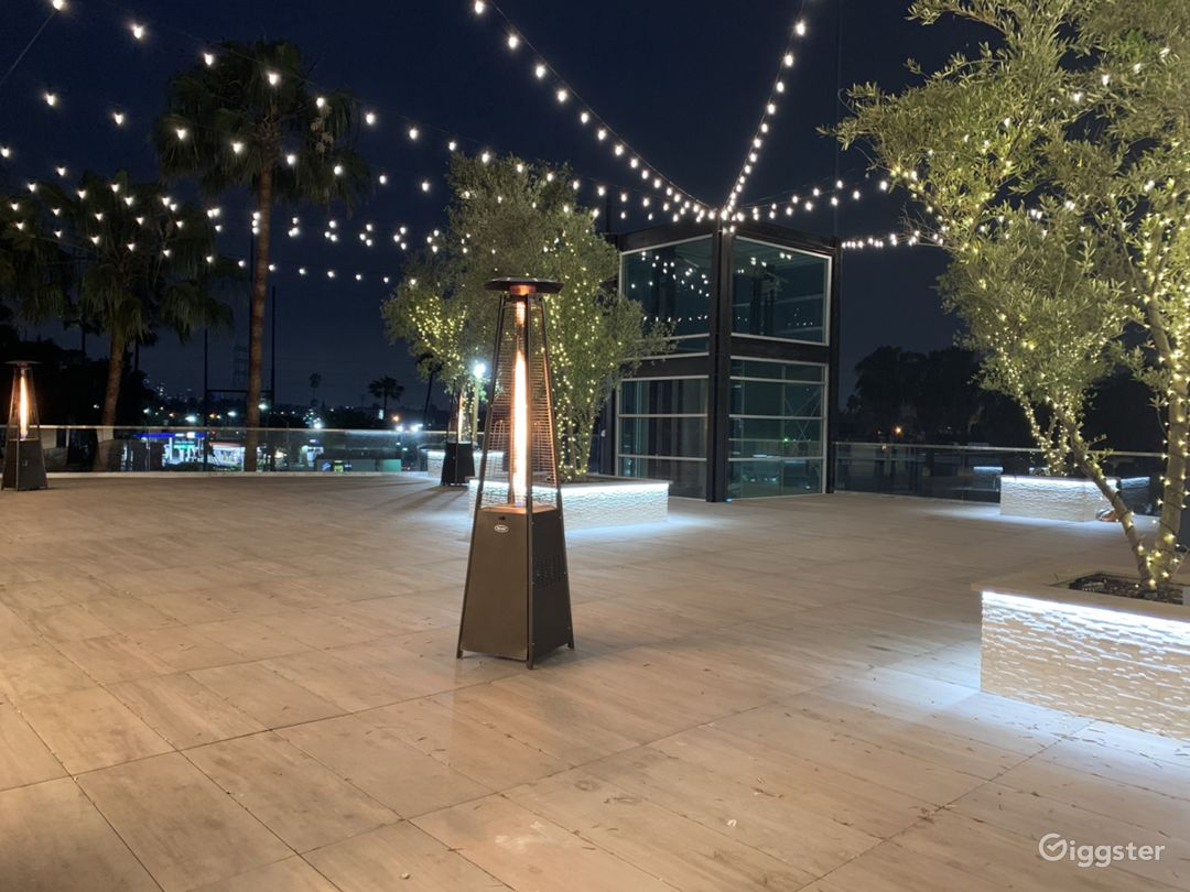Indoor/Outdoor Culver City Rooftop Event space  Photo 1