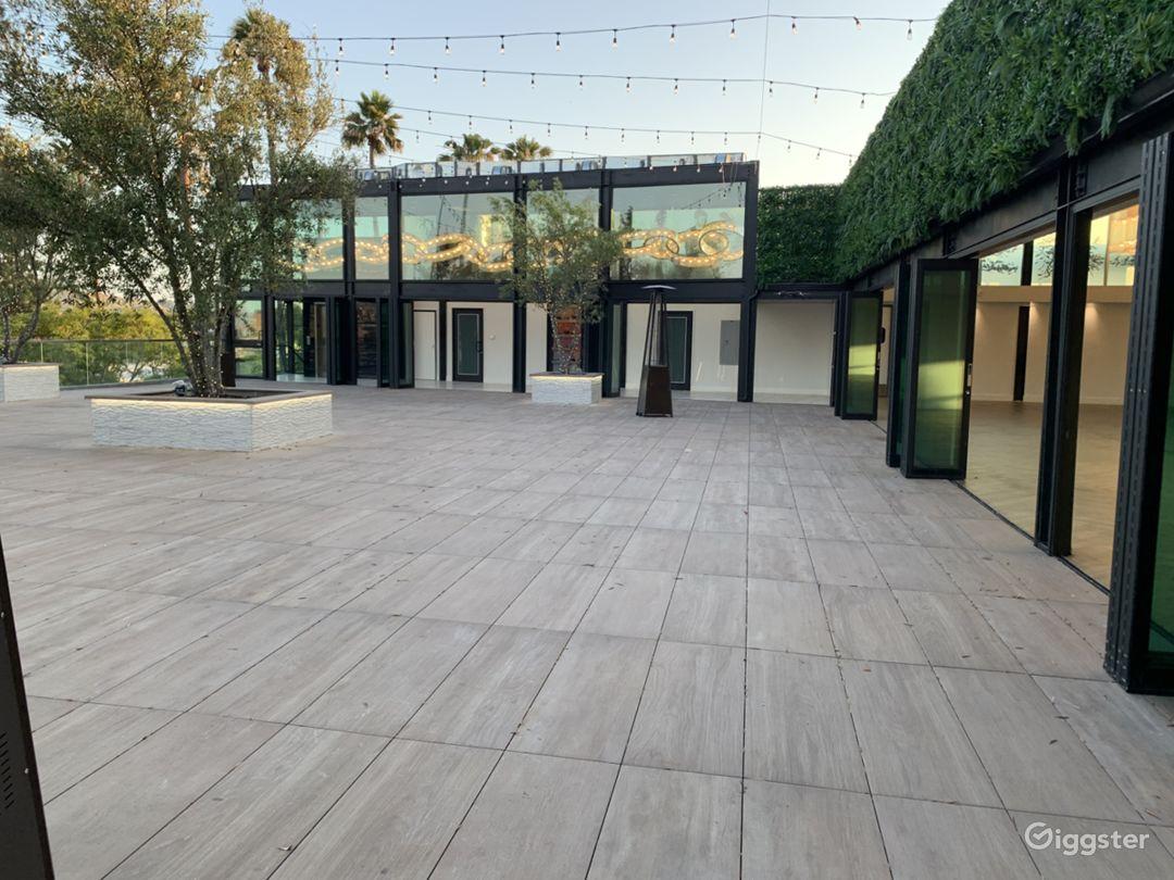 Indoor/Outdoor Culver City Rooftop Event space  Photo 4
