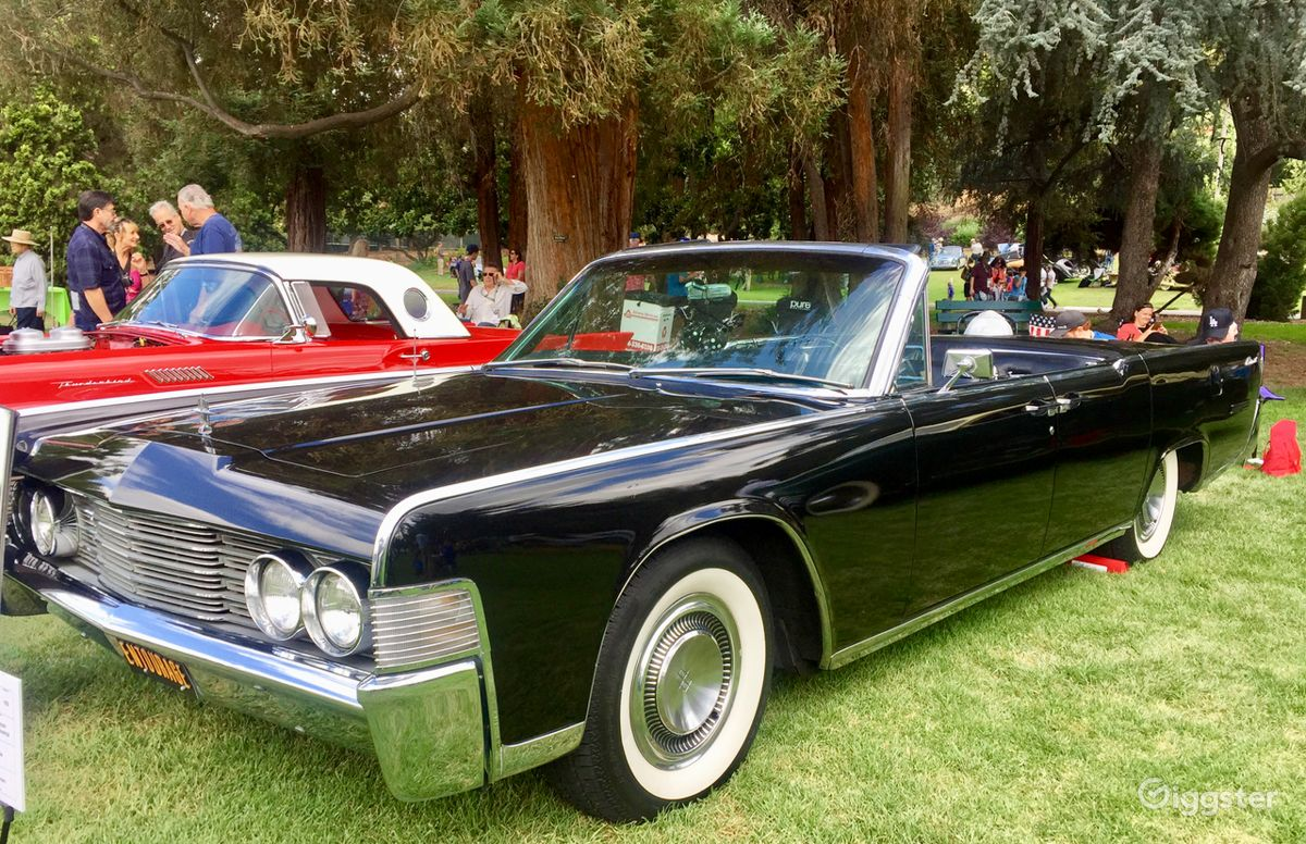 The Car Transportation 1965 Lincoln Continental For Filming Photo Shooting In Los