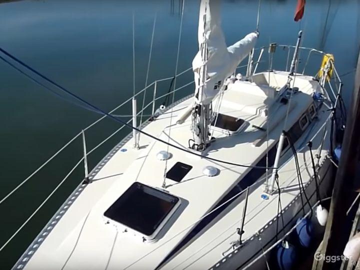 Sailing Boat - From Los Angeles Sailboat  Company